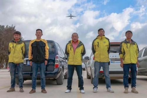 普洱机场停车场